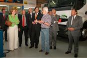 Minister Eurlings opent kennisbank 'Duurzaam op Weg