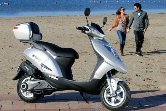 Accupakket voor elektrische scooter leasen met Nimoto Energy Lease