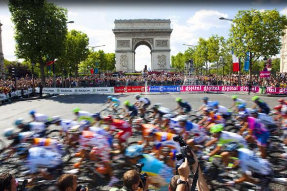 Win een vakantie naar de Tour de France finish bij Bike Totaal