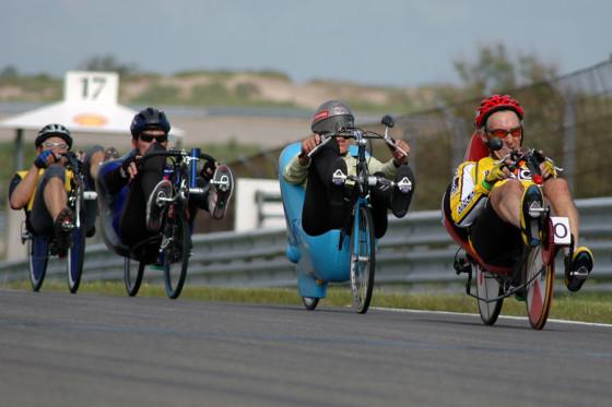 Ligfietsen, handbikes, roeifietsen en steps tijdens Cycle Vision op Midland Circuit Lelystad