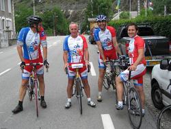 Alpe d'HuZes fietst meer dan 3 miljoen euro bijeen voor KWF