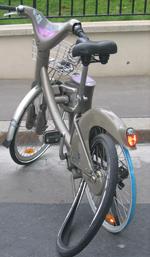 Parijse grijze fietsen kosten veel