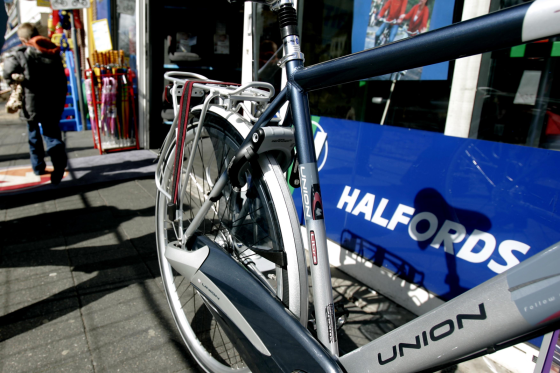Union blijft een van de merken bij Halfords