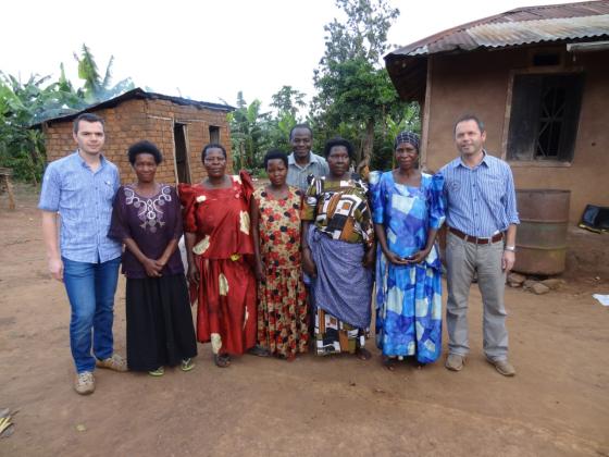 Kruitbosch bezoekt project in Oeganda