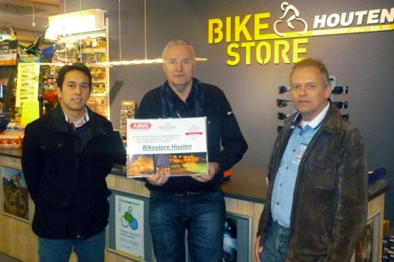 Bikestore Houten winnaar Abus Hotelactie