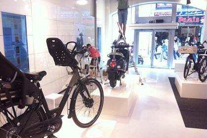 Qwic Pop-up Store Kalverstraat Amsterdam