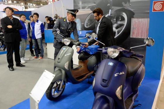 Scooters in beslag genomen op EICMA