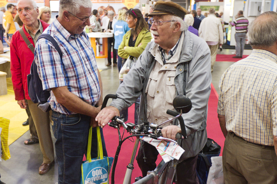 De senior als onbekende consument