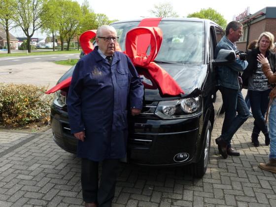 93-jarige Henk Kluver 70 jaar in dienst bij Van Raam in Varsseveld