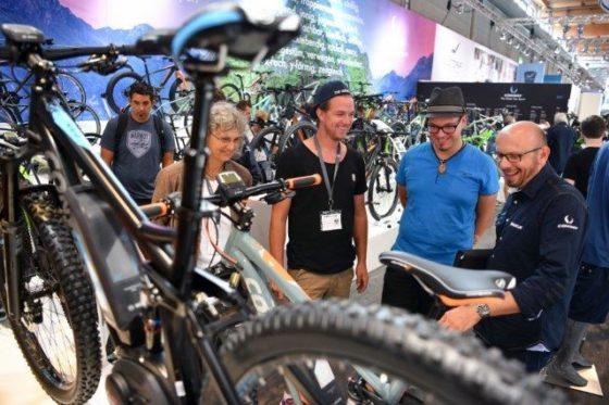 De eindklant en de bezoeker van Eurobike is veranderd door digitalisering en de 24/7 beschikbare stroom aan informatie. Foto Messe Friedrichshafen
