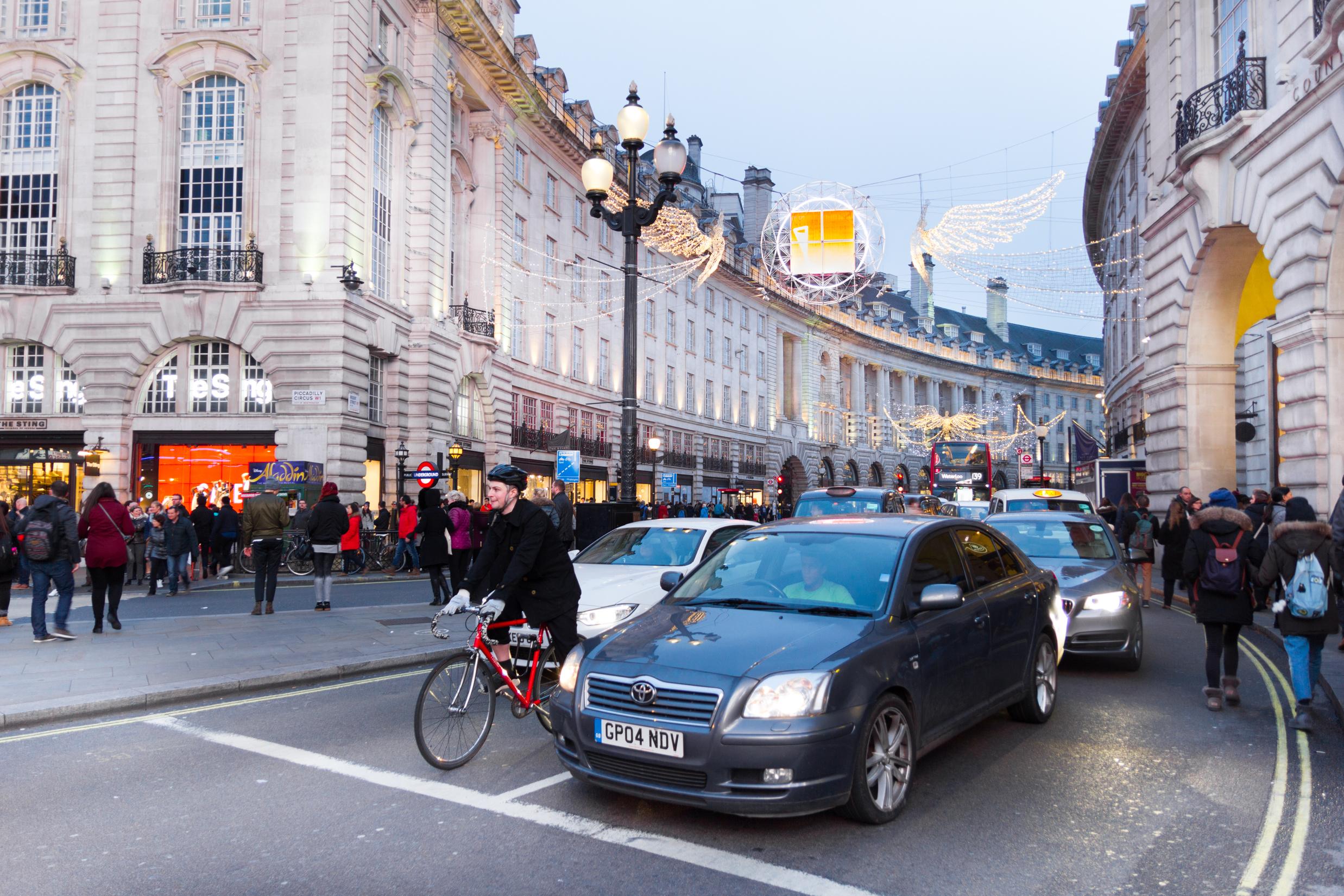 De 'weg' moet met steeds meer mensen worden gedeeld. - Shutterstock Giancario Liguori