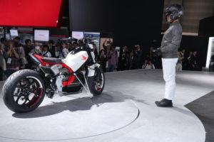 VIDEO Zelf-balancerende Honda