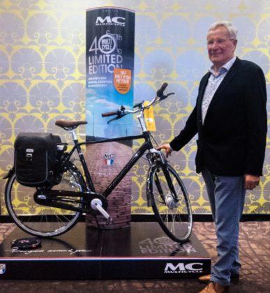 Nico Bieleveldt bij de jubileumfiets. Foto Multicycle