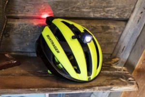 Bontrager introduceert de nieuwe Circuit MPS (race)fietshelm. Hij is geschikt voor accessoires als verlichting of een GoPro-camera.