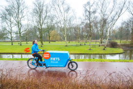 Coolblue brengt pakketjes rond met de fiets