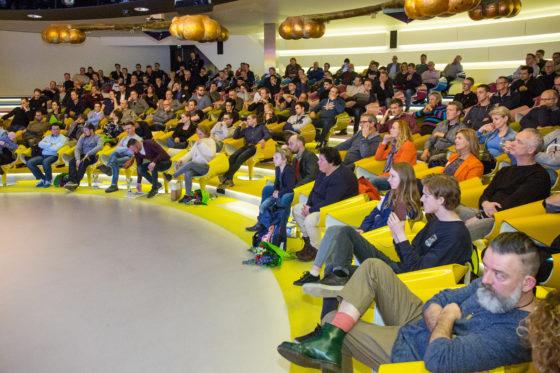 De uitreiking van de Tweewielerwinkel van het Jaar 2018 in het Auditorium van de Jaarbeurs. Foto Herbert Wiggerman