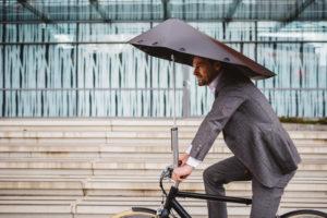 Subsidie zakelijke e-biker met slimme overkapping Veloplu