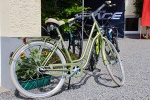 Met 86 fietsen was Louis Verwimp neergestreken in Landhaus Eiffelsicht.