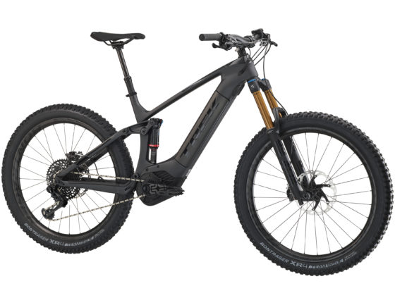 De Powerfly-collectie bestaat uit 3 categorieën: hardtail, full suspension (130 mm) en Long Travel (150 mm).