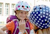 Veilig naar school fietsen met helmen van Nutcase