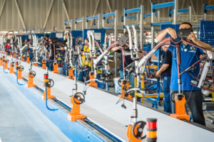 Gazelle gaat jonge fietstechnici opleiden mét baangarantie