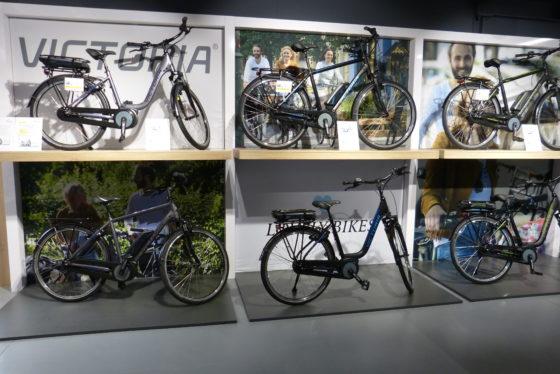 Sfeerbeeld Hartje huisshow in het Hartje experience center Benelux. Foto Redactie Tweewieler