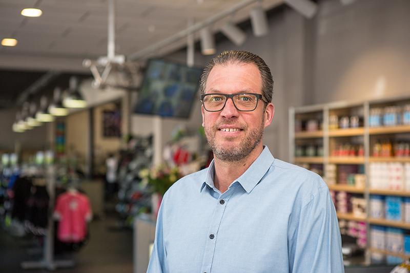 Patrick van Dessel: Fabrikanten kunnen niet schakelen tussen retailer en consument