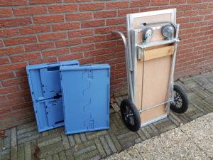 Wim van der Does uit Eelde ontwikkelde de 'fietswinkelwagen': een karretje voor achter de fiets waarmee je 'een kofferbak vol' boodschappen kunt doen. Van der Does zoekt een producent.
