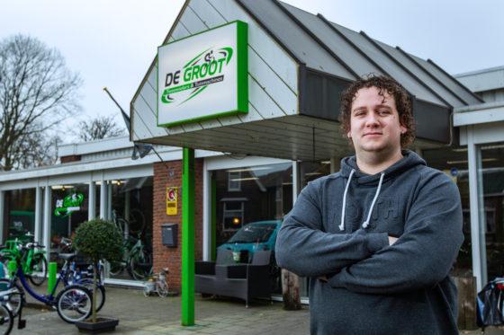 Drie jaar geleden nam Bryan de Groot de tweewielerzaak over. Sindsdien is het bedrijf stormachtig gegroeid. Mede door de inzet van de tester is de klantenkring met 60 procent vergroot.
