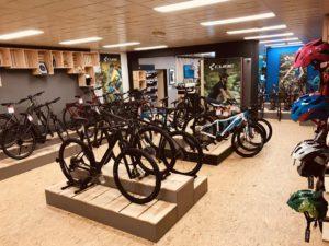 Cube opent op 16 maart en nieuwe Cube Store in Leersum. Deze Cube Store wordt het eerste zogeheten trailcenter van Nederland.