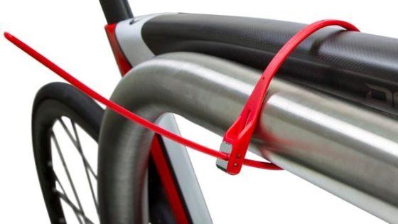 Tie-wrap slot van Hiplok verkrijgbaar via AGU