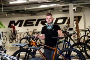 Mountainbiker Marc Bouwmeester aan de slag bij Merida