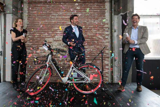 Den Haag blij met opening nieuwe deelvervoer-hub Hely