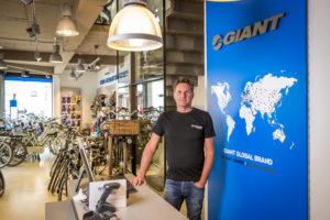 VIDEO | Binnenkijken bij Giant Store Sittard-Geleen: 'Giant mooiste merk dat er is'