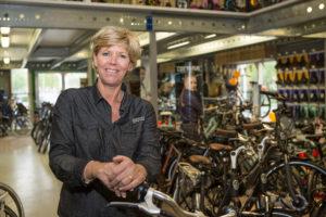 Jolanda van der Veeken over drukte in het hoogseizoen: '1 dag per week oppas-oma'