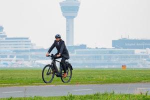 Slimme snelfietsroute maakt fietsen van en naar Schiphol aantrekkelijker