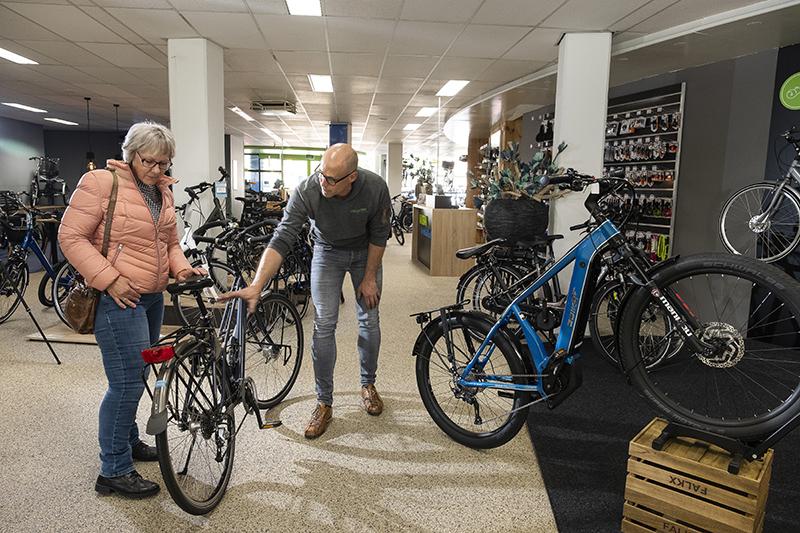 Wat doe je als je gehecht bent aan je fiets, maar wel ondersteuning wilt? Met haar E-bike kit voorziet Fietsunie hierin.