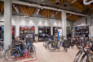 Aansprekende presentatie staat garant voor succesvolle verkoop fietstassen