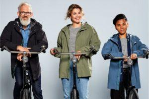 Basil start met fietsregenkleding