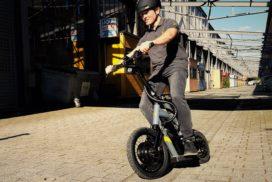 Steereon; e-scooter met twee sturende wielen