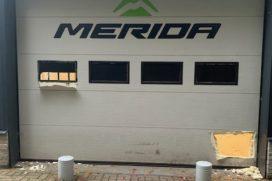 Peperdure racers gestolen bij Merida Experience Center