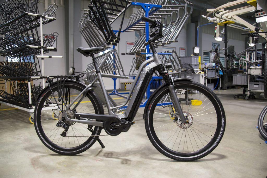 Al sinds begin dit jaar rollen er modellen van Multicycle – met uitzondering van de tandems – uit de fabriek van moederbedrijf Kross in Polen.