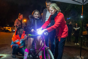 Verkeersminister, VVN en Lezyne starten landelijke fietsverlichtingscampagne